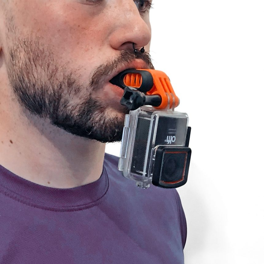 Olfi Mouth Mount in use